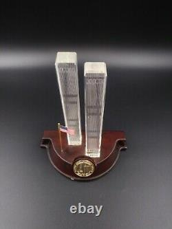 Danbury Mint Twin Towers Crystal Commemorative Statue Lighted 9/11
